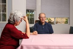 How to Cope with 5 Familiar (and Difficult) Behaviors of Alzheimer's Patients http://www.aplaceformom.com/blog/01-14-2013difficult-alzheimers-behaviors/