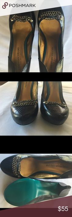 Christian Siriano Pumps Sz 8 NWT Black Great pair and edgy look - sitting in the closet never worn It runs true to size, beautifully done. Check bottom - very unique! About 3.5 in heels. Christian Siriano Shoes