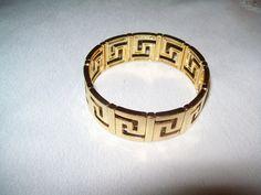 Vintage goldtone stretch bracelet, vintage bracelet by vintagebyrudi on Etsy
