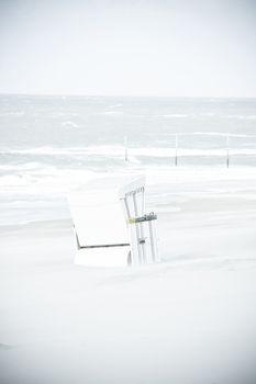 North Sea by Steffen Schulte-Lippern