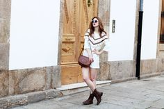 EL VESTIDO PERFECTO PARA ENTRETIEMPO Vestido sudadera con pompones perfecto para entretiempo- Martina Lubian