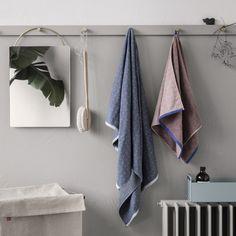 Ferm Living Sento Handtuch, Von Hand hergestelltes Handtuch mit zwei verschiedenen Seiten. Sento Handtuch von Ferm Living hier online kaufen!