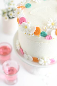 Buttons Birthday Cake (Easy White Cake with Vanilla Bean Frosting) | Sprinkle Bakes