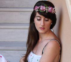 corona de flores rosas de tela tiara flores tela por Lolacoqueta