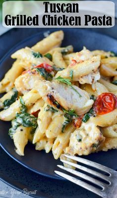 This Tuscan Chicken Pasta Recipe is loaded with chicken, roasted tomatoes, spinach and garlic. Smothered in a creamy sauce. Your family will quickly fall in love with this easy pasta recipe. #pasta #tuscanpasta #easyrecipe #30minutemeal via @butteryobiscuit
