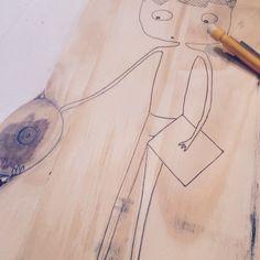 Dessin sur bois .... #chicamancha #illustration #dessin #bois