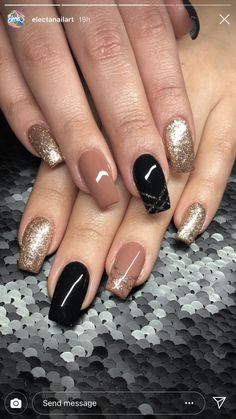 Semi-permanent varnish, false nails, patches: which manicure to choose? - My Nails Sparkle Nails, Fancy Nails, Love Nails, Glitter Nails, My Nails, Classy Nails, Stylish Nails, Trendy Nails, Perfect Nails