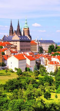 View over historic Castle of Prague, Czech Republic | 22 Reasons why Czech Republic must be in the Top of your Bucket List