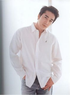 Song Seung-heon (송승헌) - Picture @ HanCinema :: The Korean Movie and Drama Database Song Seung Heon, Asian Actors, Korean Actors, Sung Hyun, Ji Chan Wook, Park Hae Jin, Hot Asian Men, Korean Star, Kdrama Actors