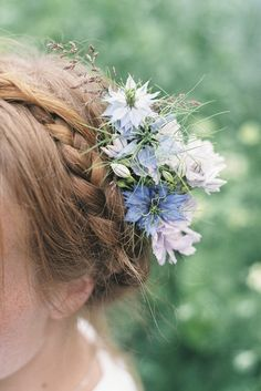 Pastel coloured nigella and scabious wedding hair flowers