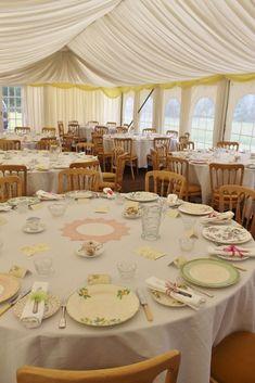 mismatched Wedding China | Mismatched china - vintage wedding tables - www.thevintagehire.com