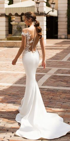 Satin Wedding Dresses - Be the most charming and sexy bride in these stunning bridal gowns. Just sit back and enjoy these beautiful photos. Viero wedding dresses 2019 right here! Amazing Wedding Dress, Elegant Wedding Dress, Dream Wedding Dresses, Designer Wedding Dresses, Bridal Dresses, Modern Wedding Dresses, Bridesmaid Gowns, Lace Mermaid Wedding Dress, Mermaid Dresses