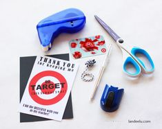 Teacher Appreciation Gift Idea... every teacher LOVES Target! Cute way to give a gift card. Printable Tags, Printables, Year End Teacher Gifts, Football Player Gifts, Target Gifts, Teacher Appreciation Gifts, Schools, Back To School, Card Holder