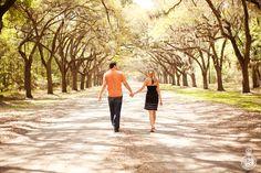 Engagement photos at Wormsloe Plantation, a beautiful idea!