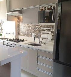Que fofinha!! Amei essa cozinha!! Projeto: meu1ap Via: @decorarte_decoracao
