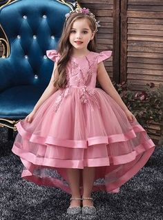 Flower Girl Dresses Jewel Neck Tulle Sleeveless With Train Princess Silhouette Bows Kids Social Party Dresses African Dresses For Kids, Gowns For Girls, Girls Party Dress, Little Girl Dresses, Flower Girl Dresses, Party Dresses, Girls Dresses, Baby Girl Birthday Dress, Baby Dress