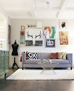 Don't Be a Square: Living Rooms Expertly Rocking Round Coffee Tables — Rooms That Get It Right | Apartment Therapy