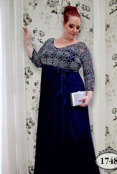 Coleção Ouro - Vestidos Plus Size - Aiza Collection Plus Size Retro Dresses, Plus Size Womens Clothing, Vestidos Plus Size, Mom Dress, Tips Belleza, Gray Dress, Diy Clothes, Mother Of The Bride, Curvy