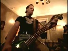 Metallica - Whiskey In The Jar [Official Music Video] - YouTube. Funeral vikingo -2