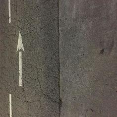 <For best experience see my feed. #Oakland  #arrow #curb #gutter #cement #concrete #asphaltart #urban #urbanart #urbanarcheology #artaccidently #pavement #hardscape #streetart #modern #modernist #accidentalart #abstractart #abstract #art #lookdown #unintentionalart #unexpectedart  #minimalist #minimal #intersection #asphaltography #roadart #streetmarkings #parkinglot
