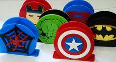 Heróis Avengers Birthday, Superhero Birthday Party, Avengers Crafts, Book Birthday Parties, Birthday Party Centerpieces, School Decorations, Foam Crafts, Ideas, Avengers Birthday Parties