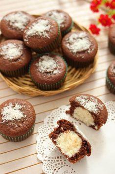 MUFFIN TARTUFINI | Fatto in casa da Benedetta Rossi Cupcakes, Ricotta, Scones, Muffins, Bakery, Homemade, Cooking, Breakfast, Sweet