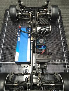 Under the Hood: Atsushi Hara's Yokomo 2015 Rc Chassis, Drift Trike Motorized, Rc Kits, Rc Drift Cars, Rc Cars And Trucks, Airplane Photography, Rc Hobbies, Drifting Cars, Cool Technology