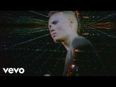 Grace Jones - Pull Up To The Bumper - YouTube