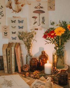 My vintage work place flowers botanical illustration books decor - cottage bedroom Indie Room, Room Ideas Bedroom, Decor Room, Bedroom Inspo, Hipster Room Decor, Rock Bedroom, Hippy Bedroom, Flower Room Decor, Fairy Bedroom
