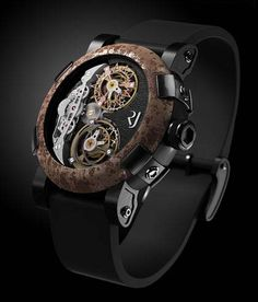Citizen watch.  I like this but couldn't tell the time on it :  )  www.menswatchbrands.com