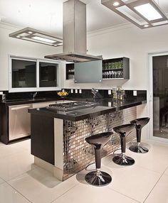 Mix do preto e prata na compacta e linda! Amei@pontodecor {HI} Snap:  hi.homeidea  http://ift.tt/23aANCi Autoria desconhecida! #bloghomeidea #olioliteam #arquitetura #ambiente #archdecor #archdesign #hi #cozinha #kitchen #homestyle #home #homedecor #pontodecor #iphonesia #homedesign #photooftheday #love #interiordesign #interiores  #picoftheday #decoration #world #instagood  #lovedecor #architecture #archlovers #inspiration #project #regram