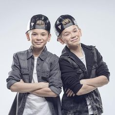 General picture of Marcus and Martinus - Photo 21 of 35 Fall Photos, Cute Photos, Angel Williams, Levi Miller, Cute Twins, Actor Picture, Popular People, Studio Logo, Video New