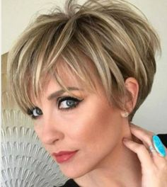 There is 69 Seriously Cute Haircuts for Short Hair today in our boards. 69 Seriously Cute Haircuts for Short Hair maybe will be your best pin ideas for today. Lets read more and enjoy. Best Short Haircuts, Cute Hairstyles For Short Hair, Hairstyles 2018, Fresh Haircuts, Short Stacked Haircuts, Long Pixie Hairstyles, Latest Hairstyles, Summer Haircuts, Short Cropped Hairstyles