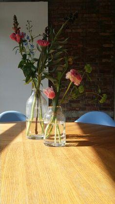 prachtige bloemen op de vaas, eenvoudig maar mooi. #frankmarnethbloembinders #bloemen #lente #pasen