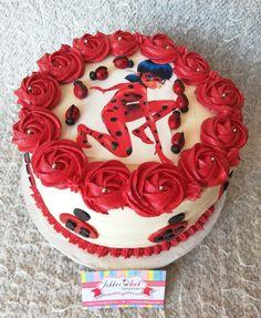 Miraculous ladybug cake Festa Lady Bag, Miraculous Ladybug Party, Ladybug Cakes, Owl Cupcakes, Edible Arrangements, Chocolate Art, Cake Gallery, Edible Art, Creative Food