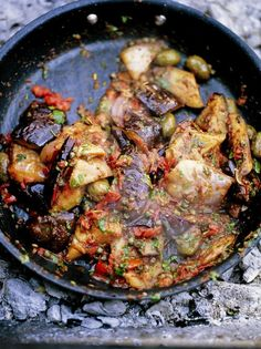 Caponata (Aubergine stew ) by Jamie Oliver Vegetable Side Dishes, Vegetable Recipes, Vegetarian Recipes, Cooking Recipes, Healthy Recipes, Vegetable Samosa, Dishes Recipes, Jamie's Recipes, Vegetarian Diets