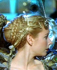 Marguerite's costume ball hairstyle from Ever After. Renaissance Hairstyles, Ball Hairstyles, A Cinderella Story, Fantasy Hair, Aesthetic Fashion, Ever After, Insta Makeup, Makeup Junkie, Hair Inspiration