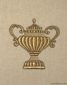 GOLD-VASE.jpg 花瓶。