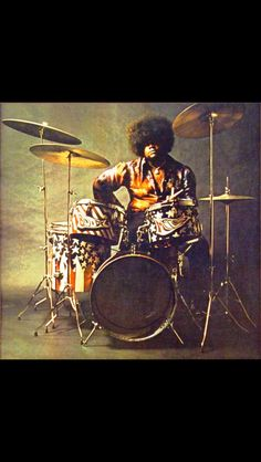 Best known as the drummer in Jimi Hendrix's 'Band of Gypsys', Buddy Miles (born… Band Of Gypsys, Lps, Electric Ladyland, Cover Art, Cd Cover, Buddy Miles, El Rock And Roll, Sneak Attack, Videos Photos