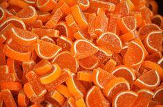 oranges ● candy