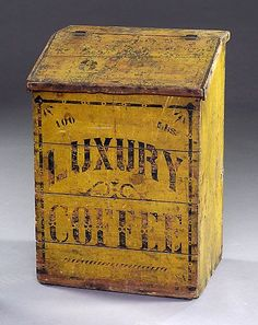 Awesome Early Old Luxury Coffee Wooden Box Vintage Tins, Vintage Kitchen, Vintage Antiques, Vintage Crates, Vintage Wood, Coffee Tin, I Love Coffee, Coffee Maker, Primitive Furniture