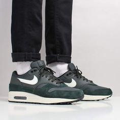The Latest Shoes, T-Shirts & Shirts at Urban Industry, Eastbourne, UK Green Sneakers, Air Max Sneakers, Sneakers Nike, Nike Shoes Outfits, Nike Shoes Cheap, Air Max 1s, Nike Air Max, Latest Shoes, New Shoes