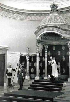 Romanian Royal Family, Royal Weddings, Descendants, Royalty, Photography, Romans, Gotha, Greece, Shelf
