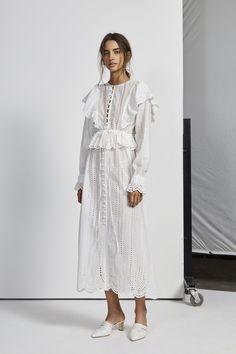 Dresses – SIR the label Hijab Fashion, Boho Fashion, Fashion Dresses, Womens Fashion, Elegant Dresses, Casual Dresses, Summer Dresses, Dress Skirt, Dress Up