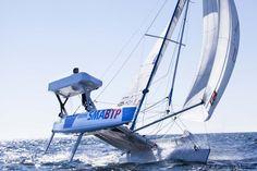 Défi SMA d'Yvan Bourgnon et Vincent Beauvarlet : le 1er tour du monde en voilier non habitable !. Le samedi 5 octobre 2013 aux Sables d'Olonne.