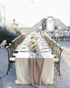 Classic elegance at this Chateau Carmel wedding. This stunning venue offers stunning views and year round beautiful weather. Neutral wedding tones perfectly complimented this outdoor elegant wedding venue. Blush Wedding Theme, Mauve Wedding, Dream Wedding, Garden Wedding, Elegant Wedding, Carmel Valley, Napa Valley, Wedding Couple Poses, Wedding Photography Styles