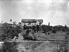 Carcosa Sri Negara - when it was the British Governor's official Residence during British Colonial rule. Old Photos, Vintage Photos, Malayan Emergency, Kuala Lumpur City, British Colonial, Old Buildings, Archipelago, Historical Photos, Singapore
