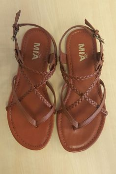 Sandals Summer MIA Adrianna Sandal - Busy Bella Boutique - There is nothing more comfortable and cool to wear on your feet during the heat season than some flat sandals. Cute Sandals, Cute Shoes, Me Too Shoes, Shoes Sandals, Flat Sandals, Strappy Sandals, Brown Sandals, Braided Sandals, Sandals Outfit