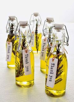 12 Best Edible Wedding Favors: Olive you! Bottles of rosemary olive oil make for an elegant and delicious way to give thanks to your wedding guests. - 12 Best Edible Wedding Favors: Olive you! Bottles of rosemary olive oil make . Wedding Favors And Gifts, Edible Wedding Favors, Party Favours, Edible Favors, Wedding Tokens, Homemade Wedding Favors, Winter Wedding Favors, Party Favour Ideas, Party Wedding