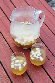Cheers to Surviving Summer with This Autumn Apple Cider Sangria!
